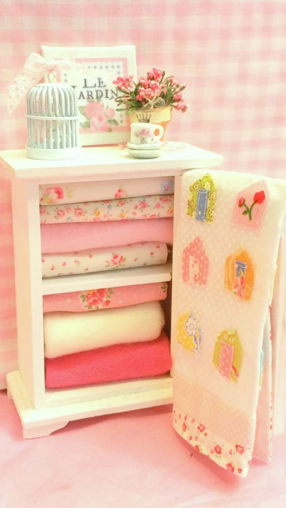 Miniature Quilt and Filled Linen Hutch 1:12 by RibbonwoodCottage