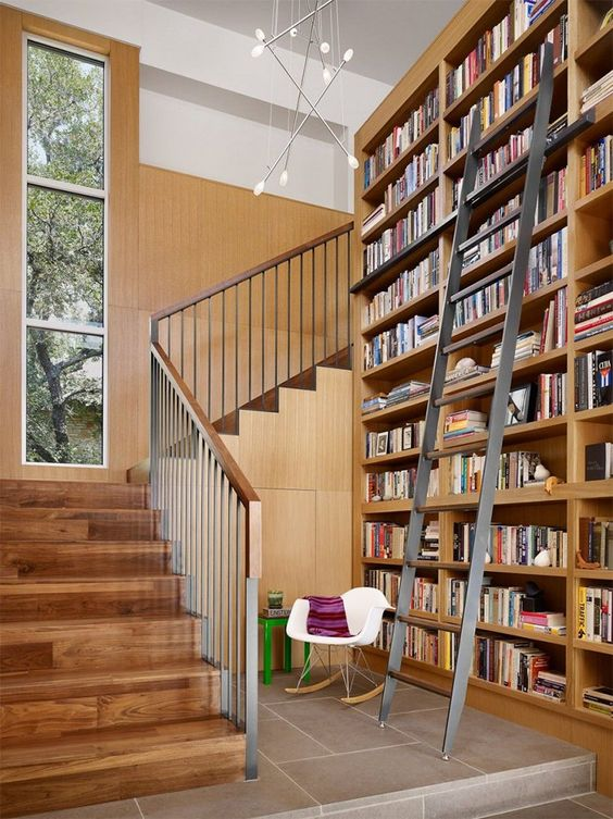 Lindas inspirações que provam que estantes de livros e escadas formam um ótimo par - limaonagua: