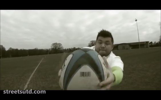 Half time rugby entertainers http://streets-united.com/blog/rugby-sports-themed-entertainment/