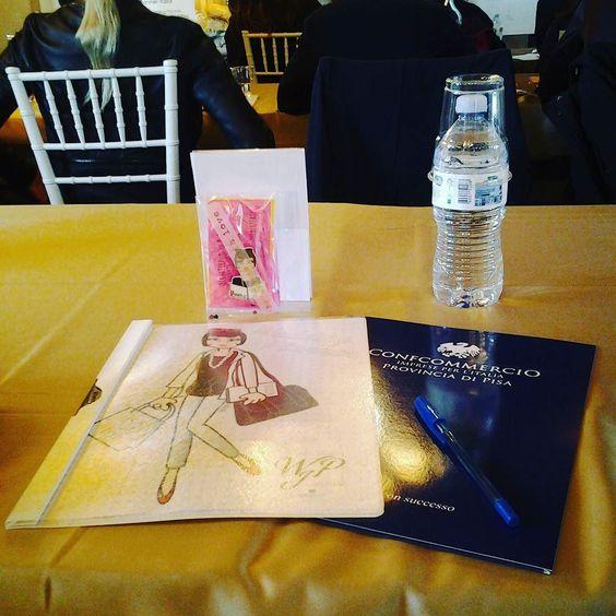 All' Antica Fattoria Paterno il seminario WPI primo sindacato di wedding planner aderente a Confcommercio della Provincia di Pisa... fra poco la mia lezione sull'importanza dei Cappelli e Acconciature sui capelli nel giorno del fatidico Sì! !! #instaitaly_photo #instaitalia #instaitaly #italy #igerstoscana #rinaldelli #fascinator #cappelli #hat #matrimonio #tuscany #modaestate #estate #veletta #bride #panama #sposa #tulle #agriturismo #tosacana #seminario #womenfashion #country #igers…