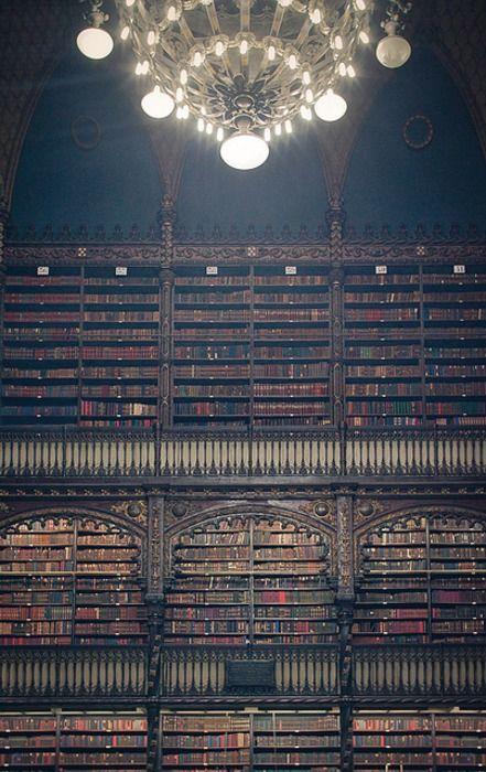 Portuguese library