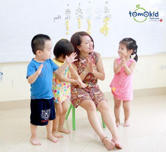 Nhạc tiếng Anh cho bà bầu và thai nhi hay nhất tại Tomokid
