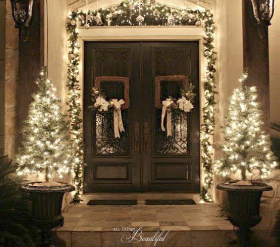Christmas Home Alone Soundtrack Christmas Jobs Home Bargains Front Door Christmas Decorations Outdoor Christmas Decorations Christmas Front Doors