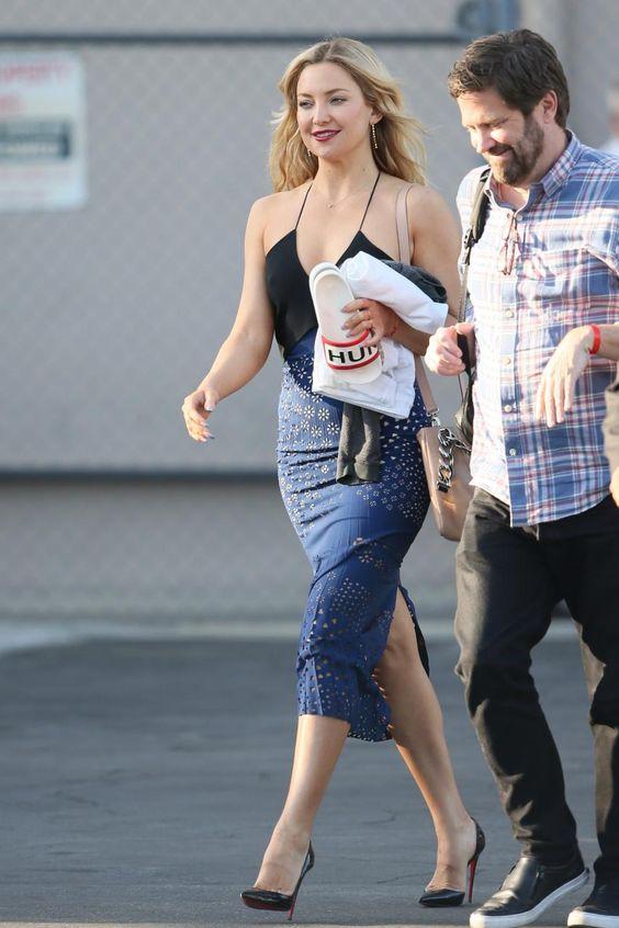 Kate Hudson wearing Maison Martin Margiela ID Bracelet Bag in Nude, Christian Louboutin Iriza Pumps in Black, Hunter Slider Flip Flops and Roland Mouret Orsett Dress