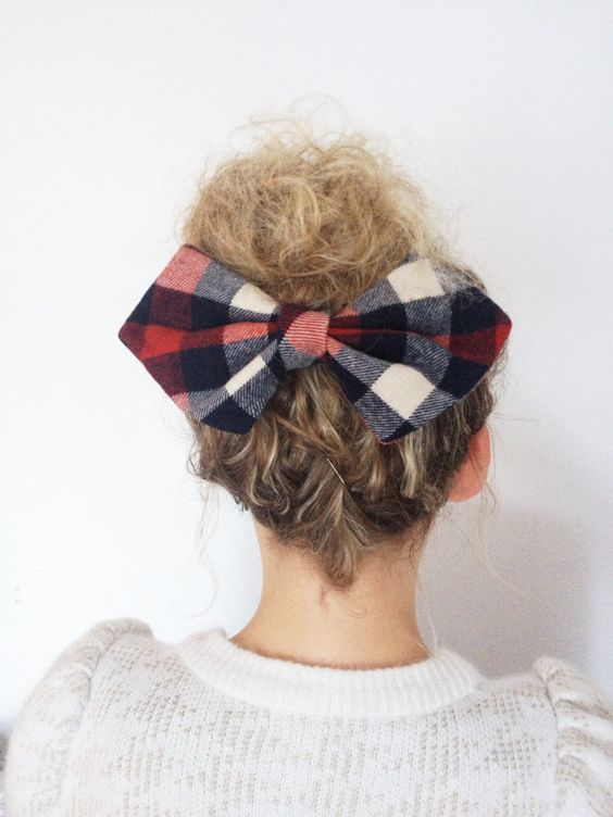 Messy bun + flannel = dream team.
