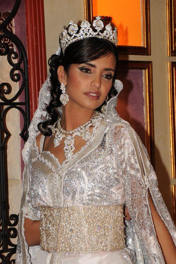 mariage oriental robe - Recherche Google