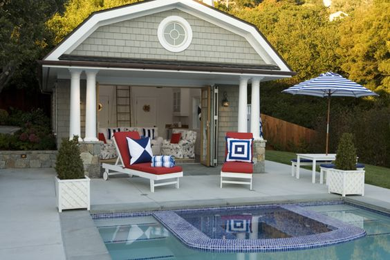 Pretty and patriotic, we love it!: