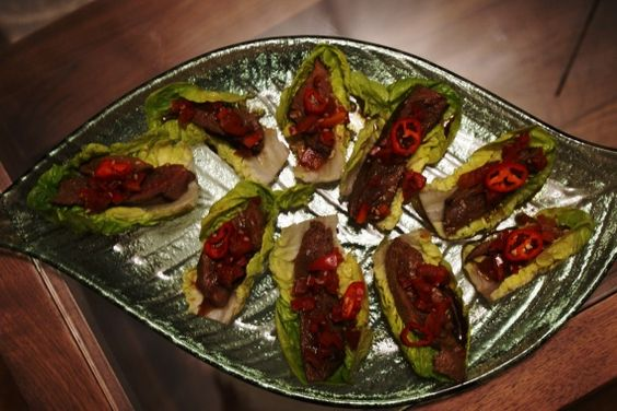 Thai beef salad canapes canapes pinterest beef for Canape yam but
