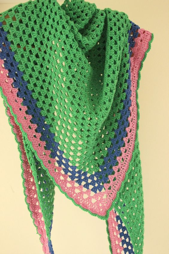 Another Granny Triangle Shawl! Free pattern, Shawl and ...