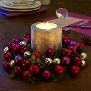 #Christmas wreath in silver and berry