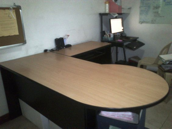 Second Hand Surplus Office Furniture Table, Chair, Filing Cabinet at Megaoffice Surplus Philippines