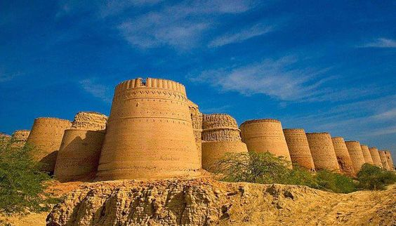 You can make an intersting excursions from Bahawalpur, full day trip requiring a four-wheel drive vehicle to Derawar Fort (Qila Derawar), through the semi-desert of cholistan.    You need a guide to take you to Derawar, and also permission from the present Amir of Bahawalpur to get inside the fort.