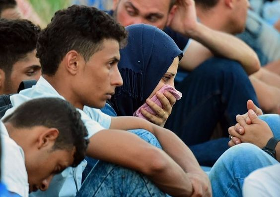 Gobierno de Canadá se compromete a recibir a 10.000 refugiados sirios