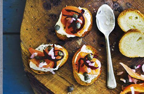 Smoked salmon tartare on toasts | Recipe | Salmon Tartare, Smoked ...