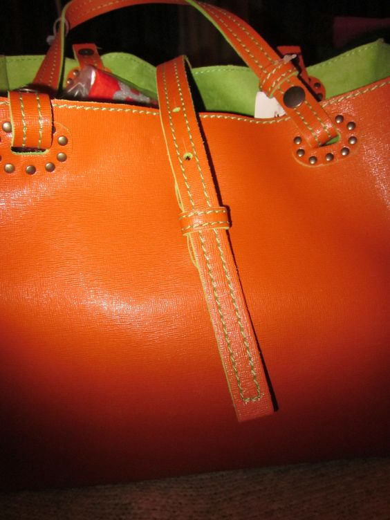 LARGE ALL LEATHER TOTE