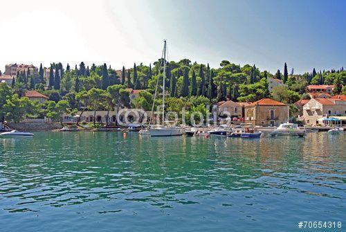 """Laden Sie das lizenzfreie Foto """"Kroatien"""" von suzanaspic zum günstigen Preis auf Fotolia.com herunter. Stöbern Sie in unserer Bilddatenbank und finden Sie schnell das perfekte Stockfoto für Ihr Marketing-Projekt!"""