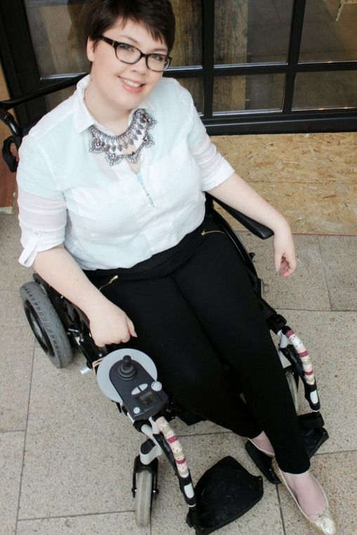 Wheelchair Fashion Statement Necklace Casual Shirt Smart Leggings Glitter Ballet Pumps Sma Fashionable Work Outfit Wheelchair Fashion Smart Casual Style