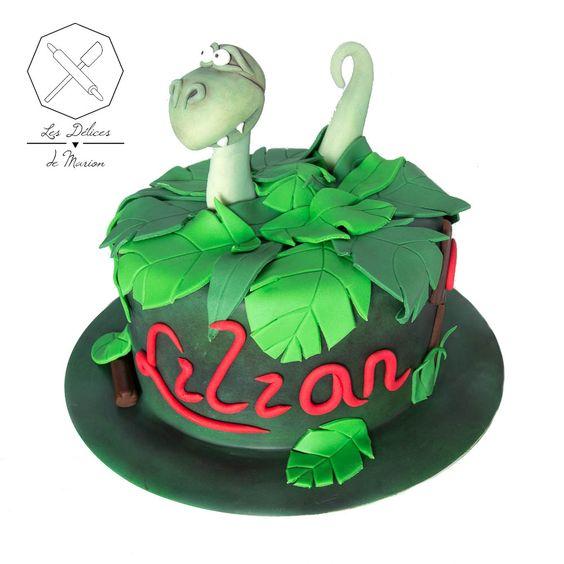 cake design g teau personnalis en p te sucre sur le th me dinosaure jungle sugar paste. Black Bedroom Furniture Sets. Home Design Ideas