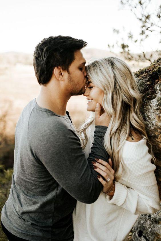 Engagement Photo Ideas. Nashville Engagement Photos