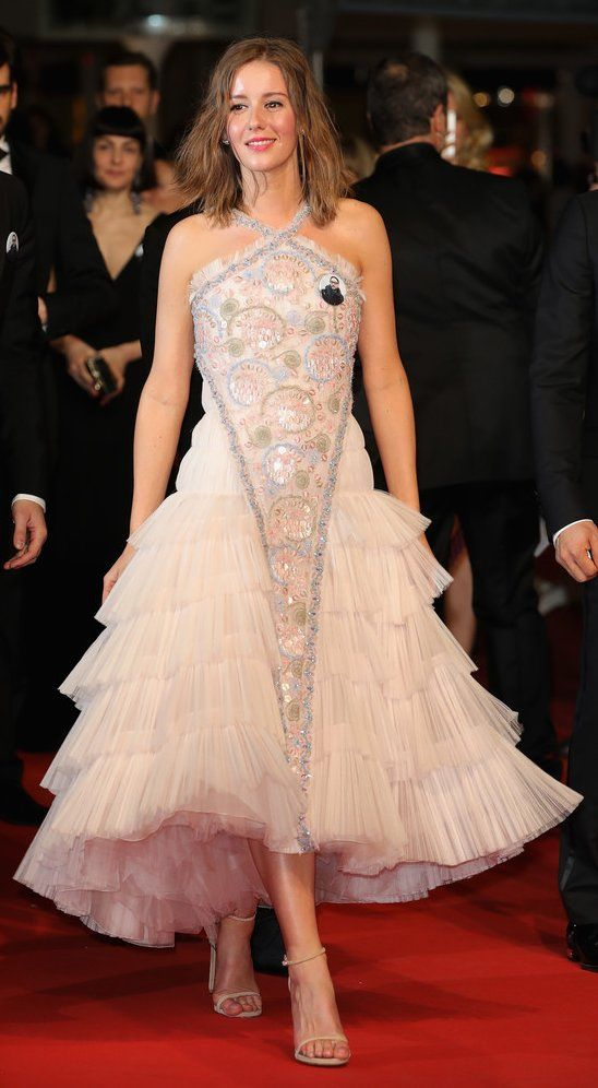 Irina Starshenbaum In Chanel Couture Attends The Screening Of Leto During The 71st Annual Cannes Red Carpet Dresses Red Carpet Fashion Evening Dress Fashion She is an actress kristen stewart fan kirsten stewart prettiest actresses beautiful actresses elizabeth wheeland casual outfits fashion outfits elle fanning indian beauty saree.