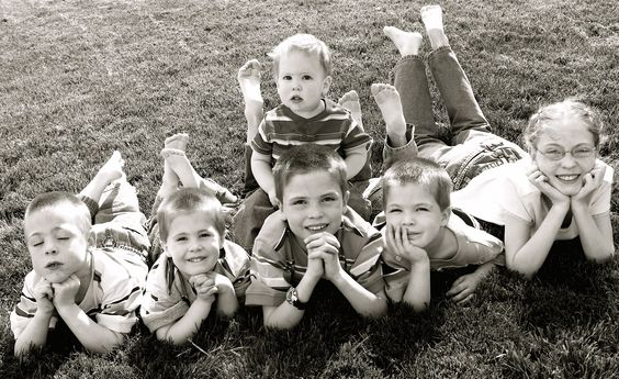 children photo ideas | posing of 4 young children - Photo.net Portraits and Fashion Forum: