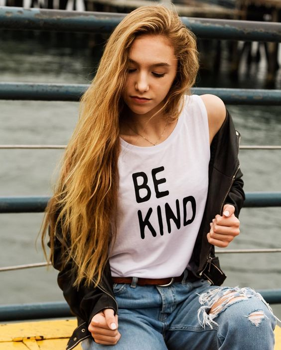 Be bold with your Kindness... @brittanyting.photo  @official_izzybrown #bekind #bebold #beyourself #beamazing #kindnessmatters #lovewins #modelforacause #madetomakeadifference #fashionwithpurpose #izzybeclothing #endmoderndayslavery #tweenfashion #teenfashion
