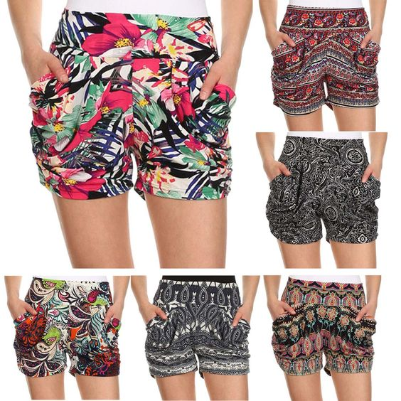 Fashion and comfortable shorts for women ladies.  Side pockets and soft touch short with all over print in casual and lightweight fibers. Designed in a loose fit.