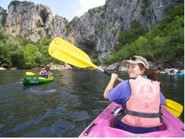 Kayaking, canyoning and swimming in the Ardèche, France