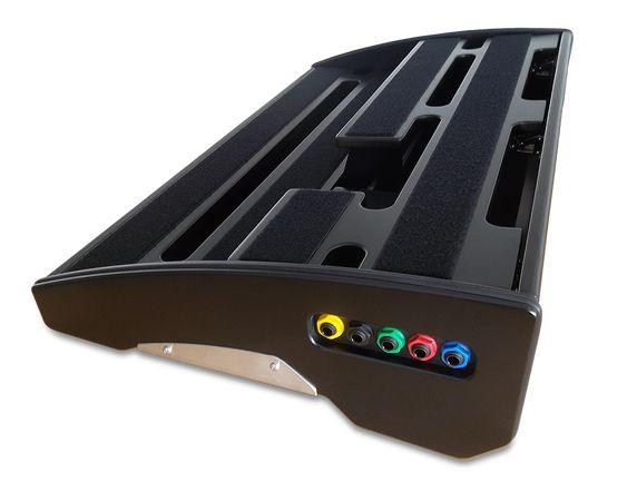 handbuilt custom pedalboards guitar effects pedals and accessories super pedalboard. Black Bedroom Furniture Sets. Home Design Ideas