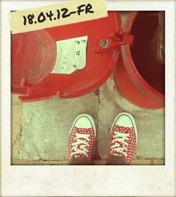 Les ptites dernières, direct from London! Steply) #red #dot
