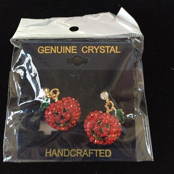 Crystal happy face pumpkin earrings. Crystal looking happy face pumpkins. New earrings Jewelry Jewelry Earrings