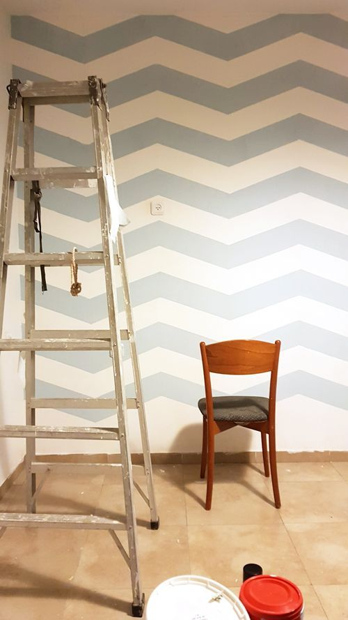 Chevron Accent Wall Diy Zig Zag Home Decor Project On A Budget