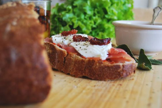 ilovequeencharlotte: Tomates confites / Tomates confitados