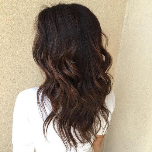 Cortes, Cabello, Balayage Pelo Oscuro Negro, Black Brown Hair Color, Black Hair Color Ideas, Caramel Highlights Black Hair, Dark Brown Highlight On Black