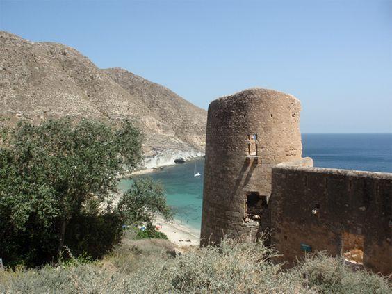 Cala de San Pedro en Almería un paraiso en pleno Parque Natural de Cabo de Gata. España
