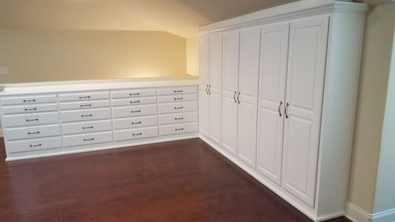 Finished with this beautiful craft room for a couple of very enjoyable clients! Enjoy!