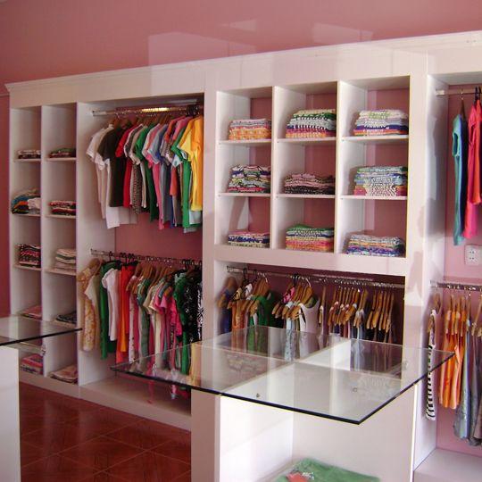 Dise o y arquitectura de locales comerciales fabricaci n - Estanteria para ropa ...