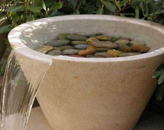 Cascade et  fontaine de jardin , 69 déco pour les moments de relaxe - petite-cascade-fontaine-vintage-ivoire-leroy-merlin