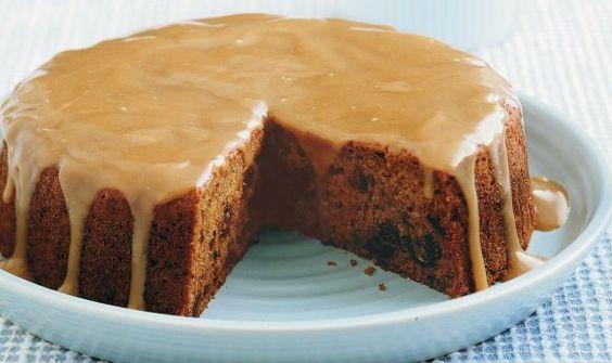 Un tuffo nella #dolcezza più assoluta questa torta con datteri ricoperta al #caramello! Deliziosa! #Torta di #datteri