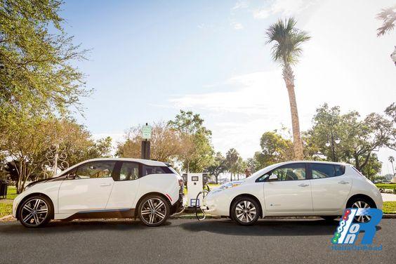 Nissan e BMW insieme negli Stati Uniti per le stazioni di ricarica veicoli elettrici http://www.italiaonroad.it/2015/12/27/nissan-e-bmw-insieme-negli-stati-uniti-per-le-stazioni-di-ricarica-veicoli-elettrici/