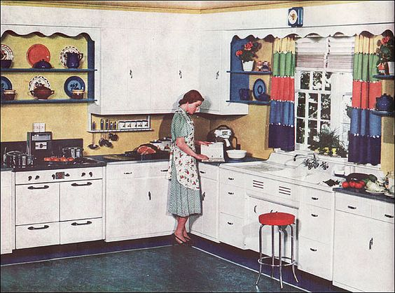 Best ideas about kitchens 1938 d cor retro kitchens and for Kitchen ideas for 1920s house