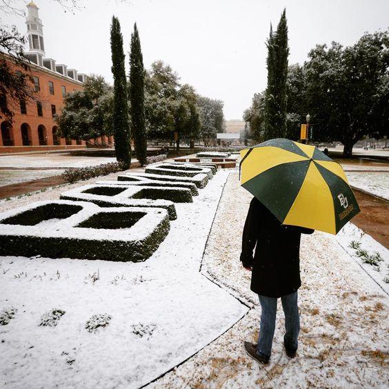 Snow day at Baylor University