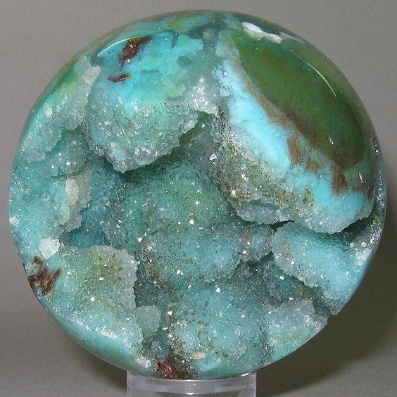 Chrysocolle-Malachite-Quartz- it looks like the night sky!