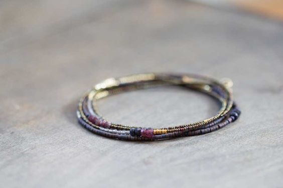 Lange Saatgut Perlen Collier mit Granat Saphir & von MoonLabJewelry