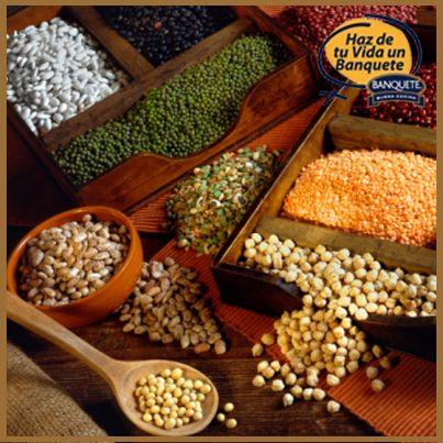 El alto contenido en fibra que tiene las legumbres resulta beneficioso para el funcionamiento intestinal, para reducir el colesterol en sangre y favorecer el control de la glucemia.