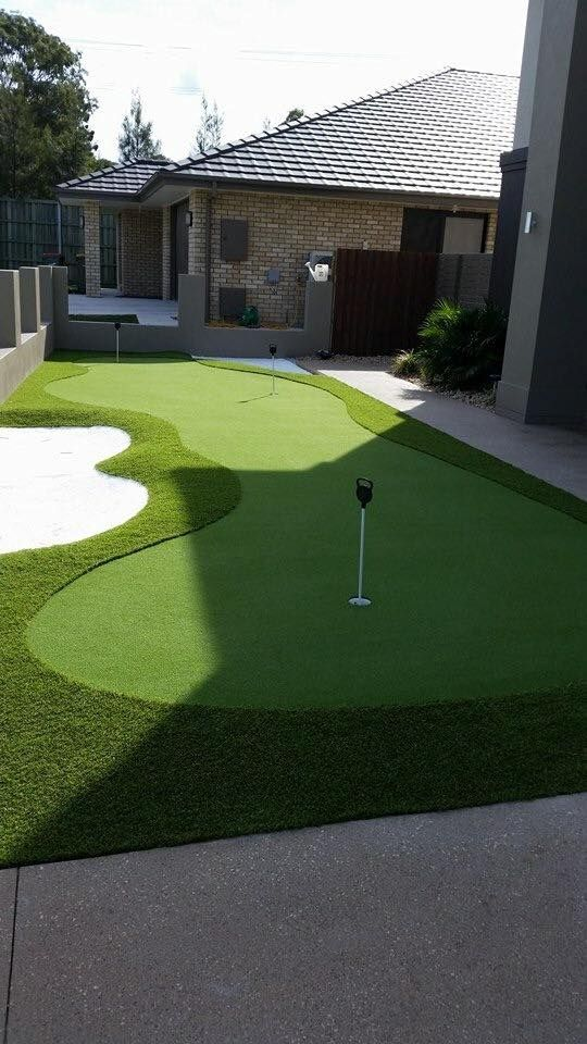 Backyard Putting Green Made With Pure Putt Turf Backyard
