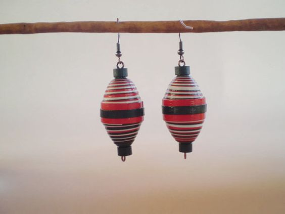 Red Blue Crafting Paper Dangle Earrings Paper Jewelry Eco Friendly Ready to Ship / Σκουλαρίκια σε Κόκκινο και Μπλέ    The idea here is jewelry