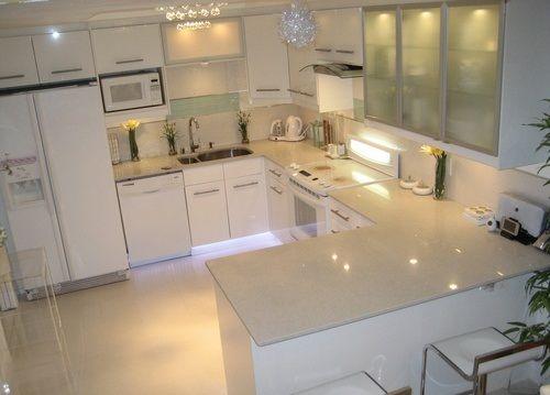 cozinha pequena+pia sob a janela - Google Search | Cozinha | Pinterest