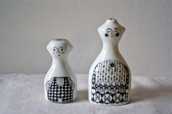 Salt & Pepper Shaker Set Arabia Finland 'Emilia' pattern designed by Raija Uosikkinen | Similar to Figgjo Flint, Porsgrund and Bjorn Winblad -Via