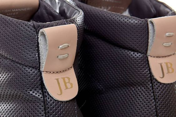 El interiorista Jaime Beriestain colabora en el diseño de las nuevas sneakers Hargreaves - Ediciones Sibila (Prensapiel, PuntoModa y Textil y Moda)